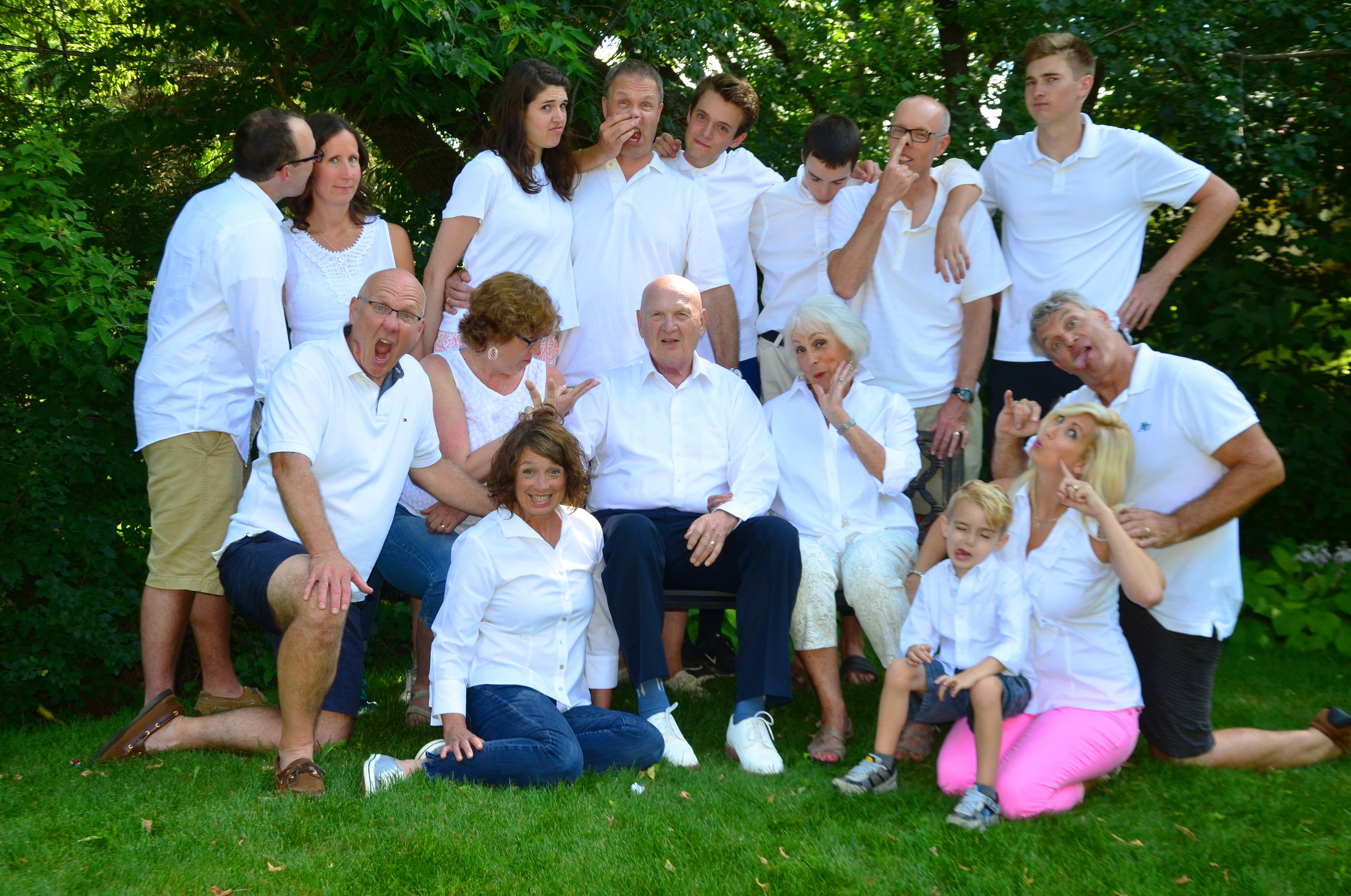 JDMs 80th Silly Family